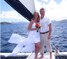 Sailing away into marriage in the Caribbean !